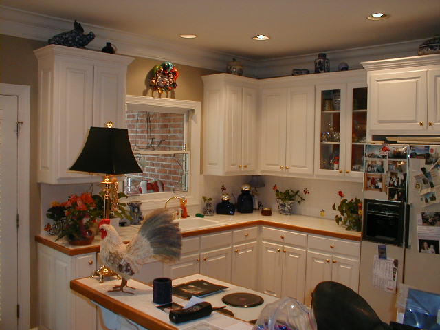 View of kitchen before remodeling