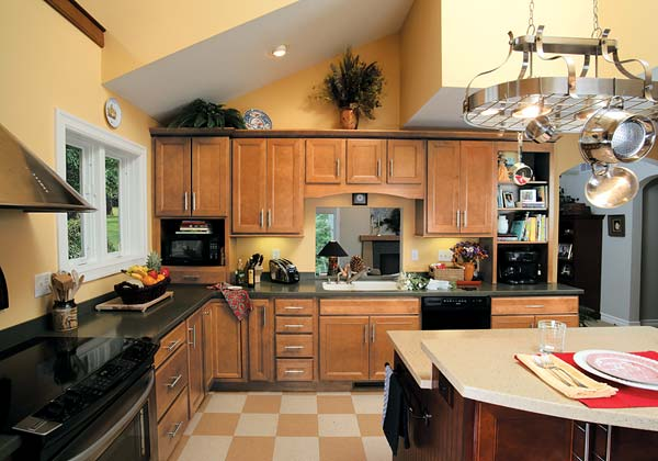 HomeCrest Jordan Kitchen Maple cabinets in Ginger